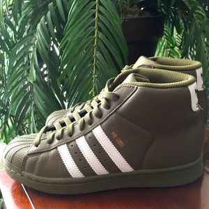 Adidas Shell Toe Pro Model Olive Green Sneakers
